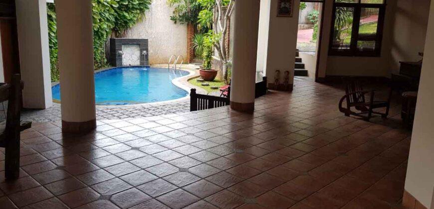 Rumah Bagus Siap Huni 2 Lantai + Basement