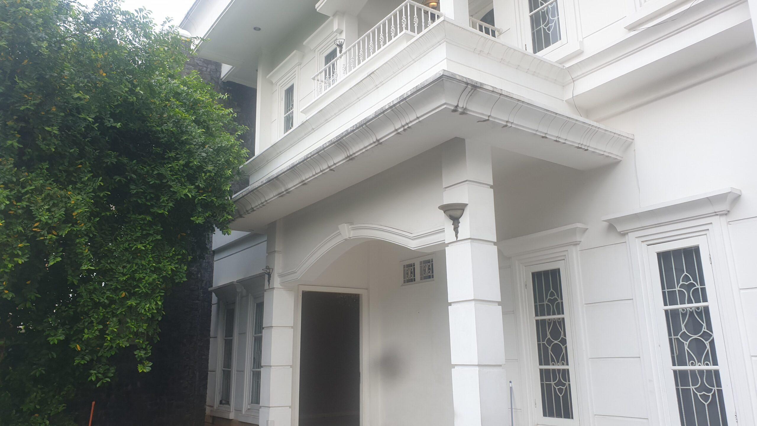 Rumah Mewah Cantik di Kebayoran Baru