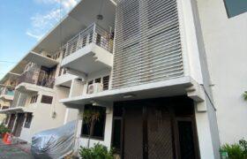 Rumah rapi siap huni dilingkungan asri Townhouse Kayu Putih