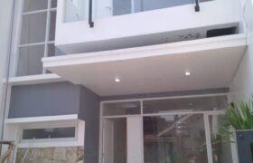 Rumah Baru Siap Huni Dekat stasiun Cawang
