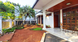 Dijual Rumah di Panglima Polim kebayoran Baru
