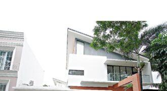 Rumah Baru perumahan Vassa lake Lippo cikarang